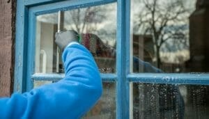 Washing or cleaning Windows
